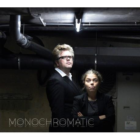 Anne Niepold & Gwen Cresens - Monochromatic